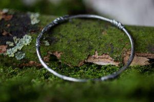 silver-stone-Woodland Bangle